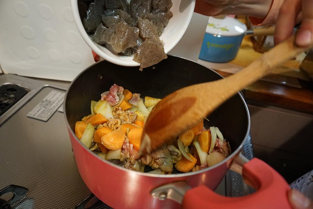 じゃがいものインド煮 鍋に入れる レシピ とちぎのしゅし
