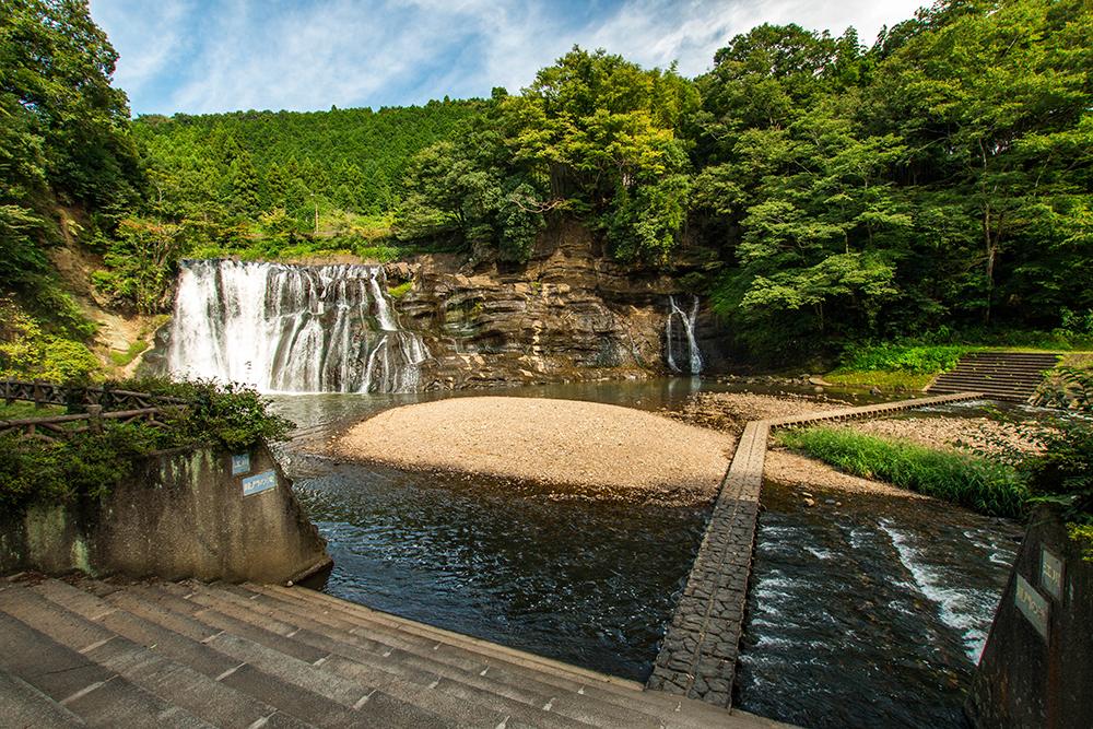 滝遠目 龍門の滝 那須烏山市 栃木県 観光